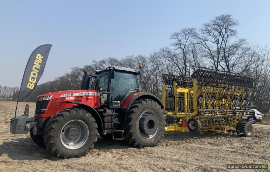 Агрегаты Bednar начали подготовку поля к проекту УКАБ-Aгротехнологии