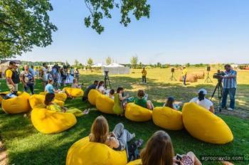 В Киеве открылся агропарк развлечений «Кукулабия»
