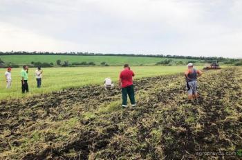 «Лозовские машины» продемонстрировали работу с/х техники в 4 регионах Украины