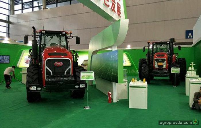Китайцы совершили прорыв в мощных тракторах