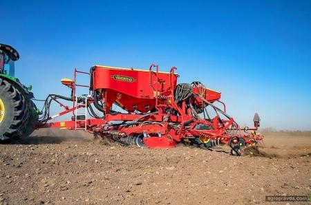 Презентуємо нову пневматичну зернову сівалку Spirit 400C/S