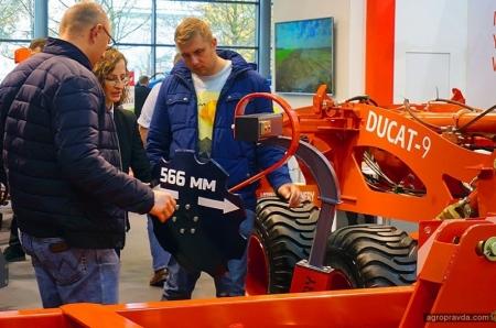 На Agritechnica-2019 состоялся дебют дисковой бороны Дукат-9