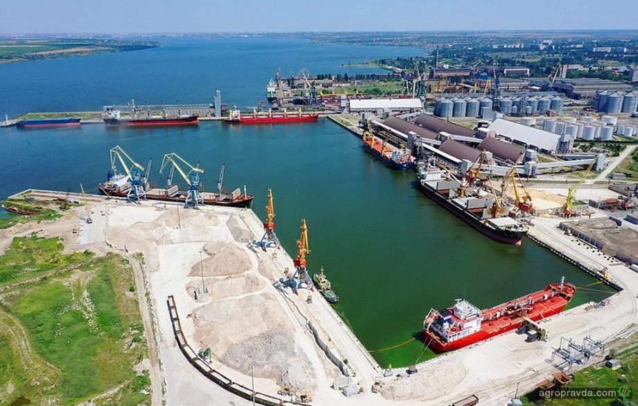 Порт «Ника-Тера» увеличивает перевалку зерновых