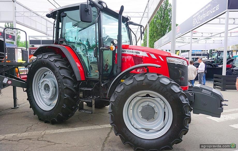 В Украине представили новый трактор для семейных хозяйств