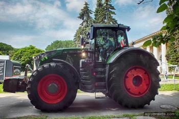 В Киеве представили ТОП-трактор Fendt 1000