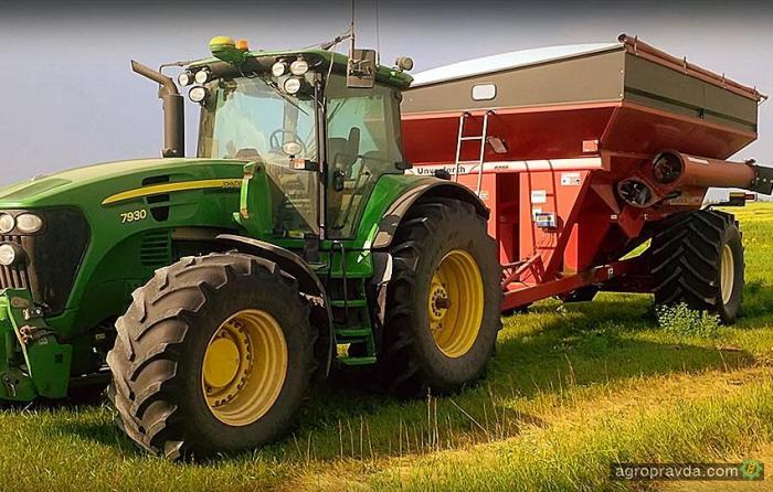 Фермер собрал трактор-беспилотник. Видео