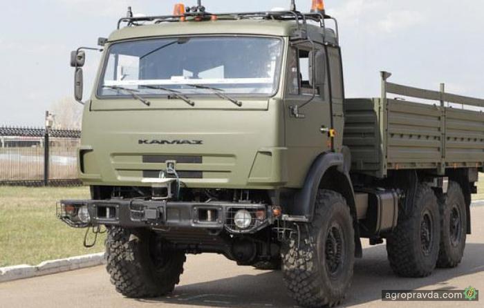 Беспилотные КамАЗы будут тестировать на трассе Москва - Петербург