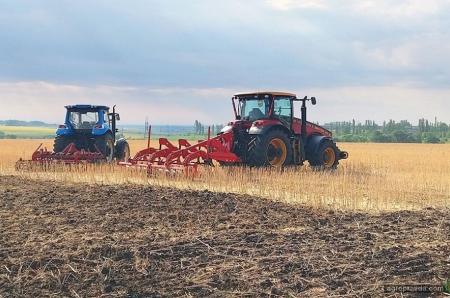 Стартовал крупнейший в Восточной Украине День поля. Фото