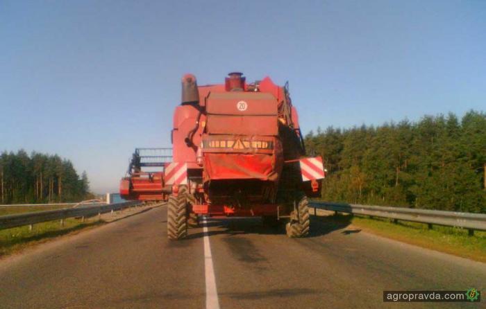 Аграрии призывают МВД разрешить возить по дорогам «негабариты»
