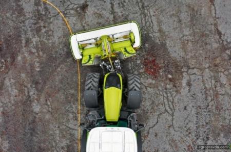 Claas повысил эффективность работы косилок Disco на поворотах и склонах