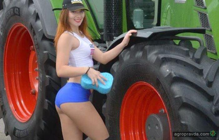 blondinka-trahaetsya-s-traktoristami-porno-mohnatie-zrelie-mamki