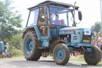 Исторический Zetor стал призером гонки тракторов