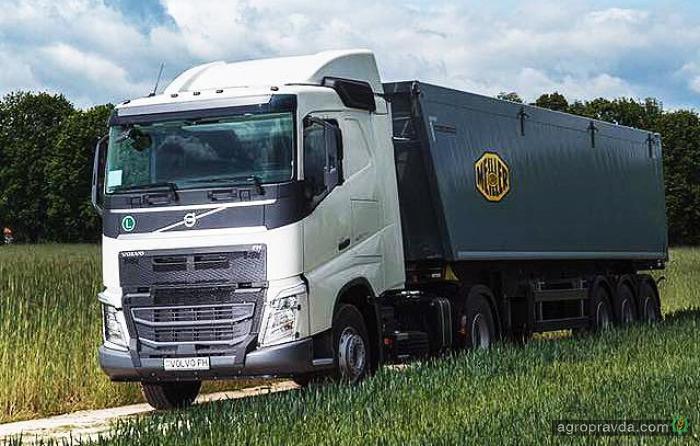 В Украине представлен новый тягач под зерновоз Volvo FH