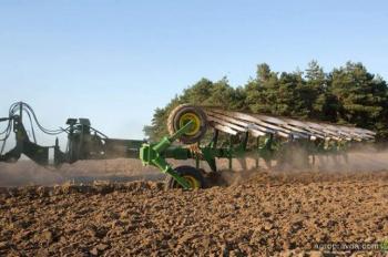 Знаковые новинки 2014 года на рынке сельхозтехники. Плуги