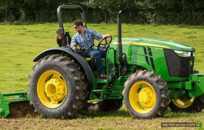 John Deere представил тракторы серии 5M 2015-го модельного года