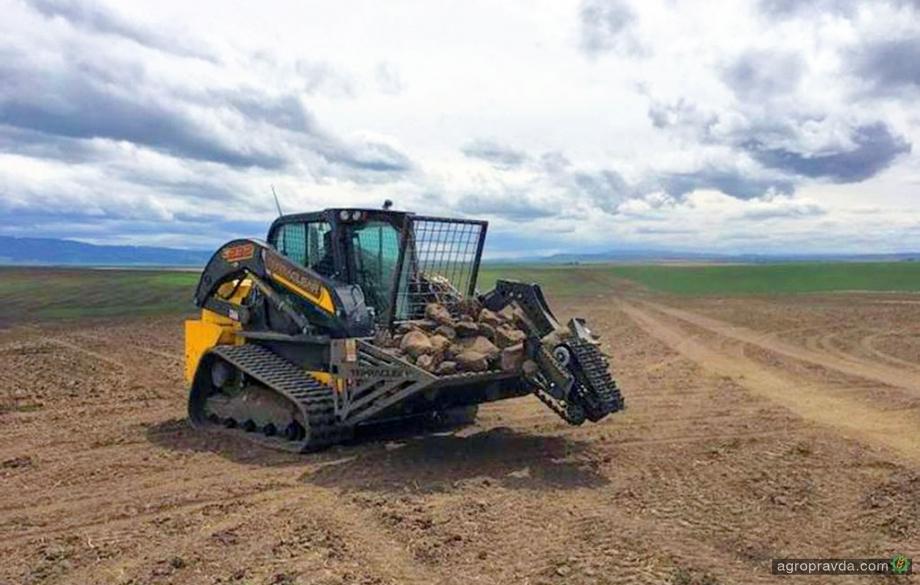 Американцы разрабатывают полевого робота-камнеуборщика
