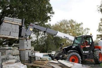Bobcat выпустил три новых телескопических погрузчика