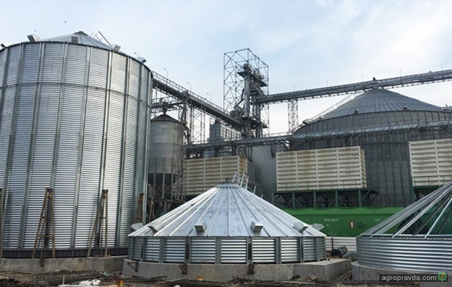 Бизнес сокращает агроинвестиции в Украине