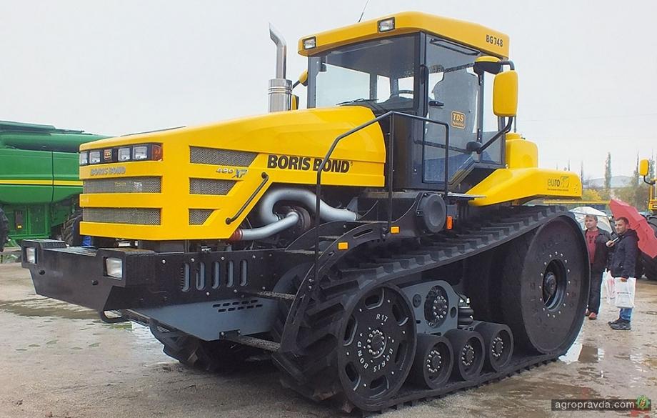 Сверхмощный украинский трактор получил гусеничную версию