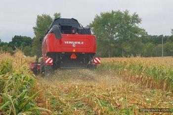 Versatile представил в Украине новый универсальный трактор