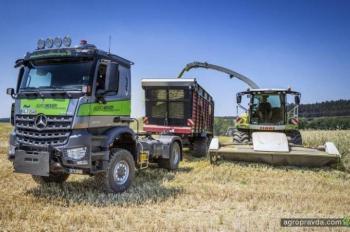 Mercedes-Benz представит грузовик полностью заменяющий трактор