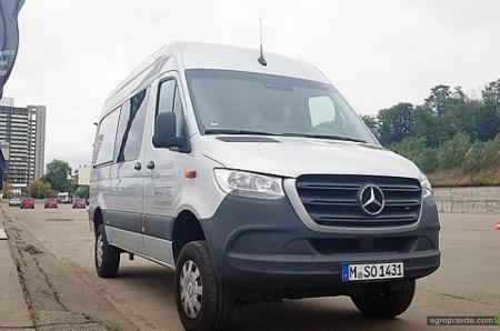 В Украину привезли Mercedes-Benz Sprinter 4x4