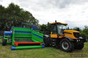 На рынок Украины выведен новый силосный пресс Budissa Bagger RT 8000