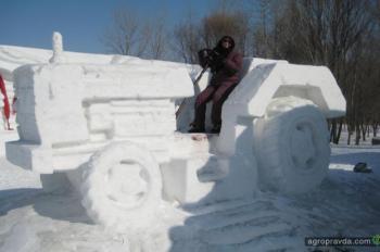 Снежные тракторы. Фото