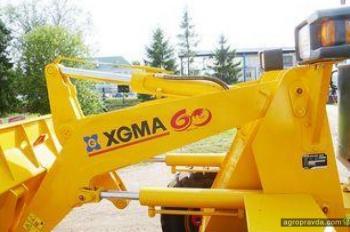 Тест-драйв фронтального погрузчика XGMA XG 918 II
