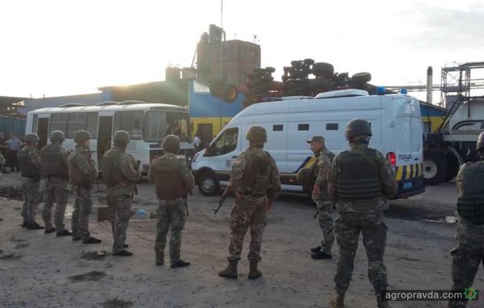 Под Харьковом напали на элеватор