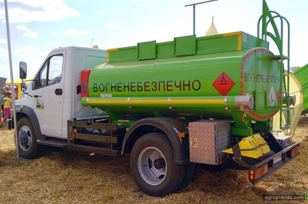 Завод Техкомплект представили новые модели спецтехники для аграриев