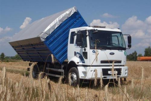Тест-драйв сельхоз самосвала Ford Cargo: Пшеничный король
