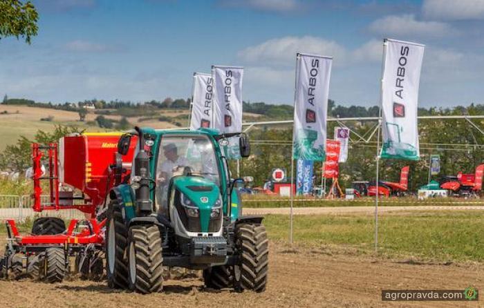 Китайцы выводят на европейский рынок новые линейки тракторов
