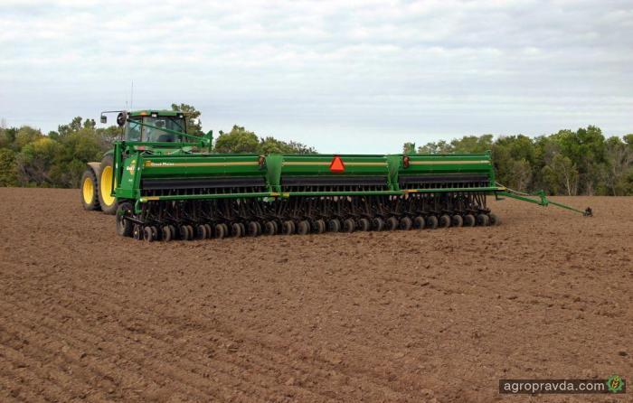 Сеялка Great Plains в работе. Видео