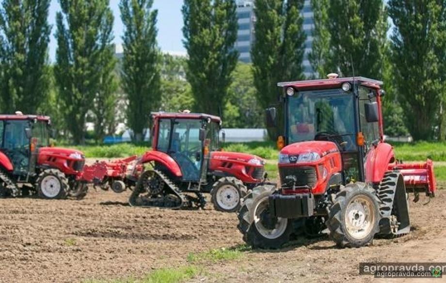 Автономные тракторы в работе. Видео