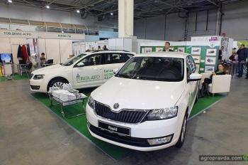 В Киеве представили автотехнику для аграриев