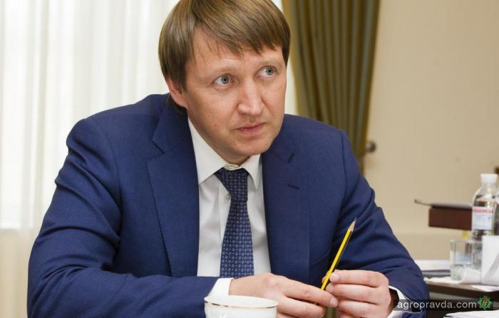 Аграрный комитет ВР поддержал отставку министра агрополитики Кутового