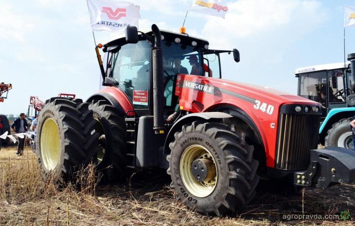 Новый трактор VERSATILE 340 R3 продолжает демонстрации