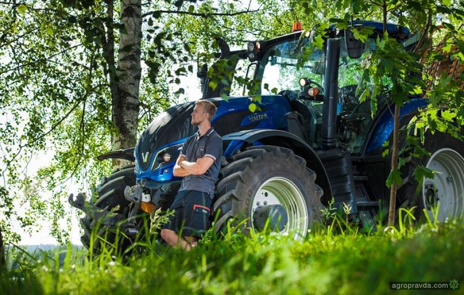 Аграрий рассказал о тракторе Valtra. Видео