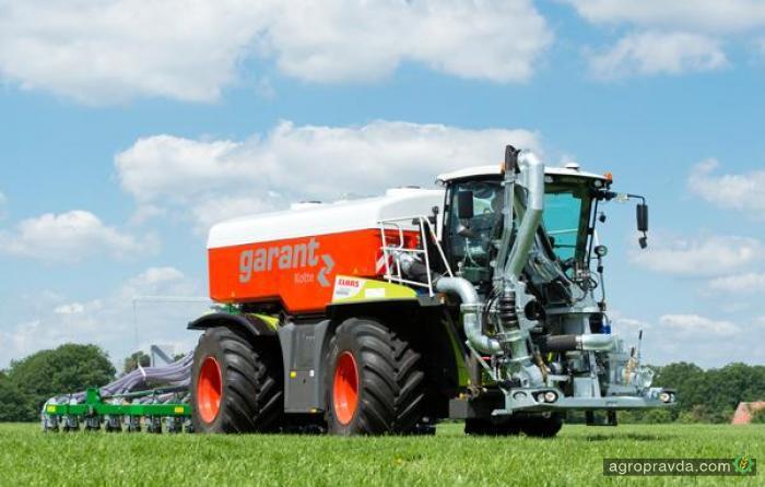 Разработана улучшенная цистерна для трактора Claas Xerion