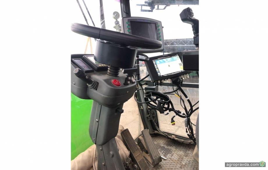 Бюджетний автопілот AutoProSteer RTK для обприскувачів від «АГ Простір»