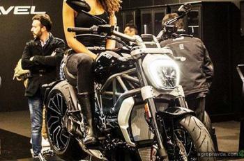 Самый красивый мотоцикл года Ducati xDiavel поступил в продажу в Европе