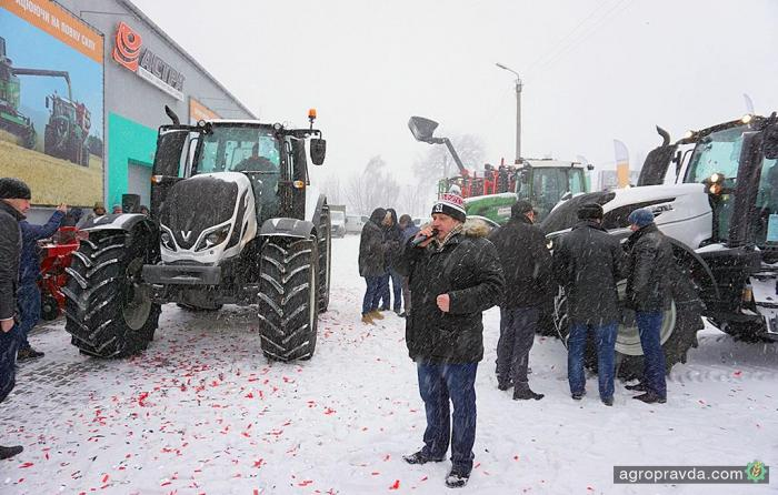 Первая презентация трактора Valtra в Украине. Видео