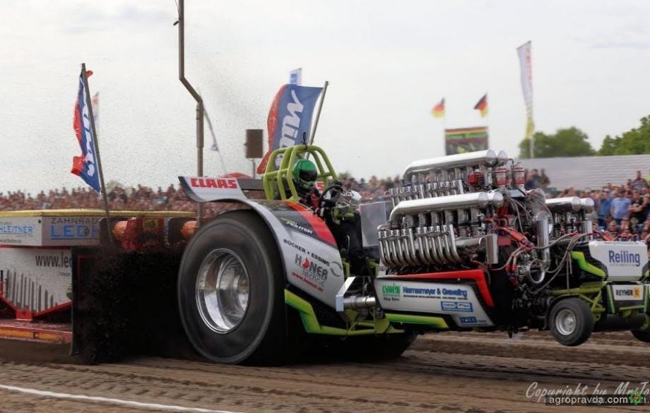 Тракторы-монстры: видео