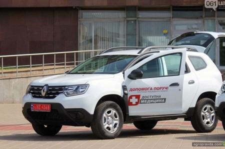 Сельские громады получили партию медицинских Renault DUSTER