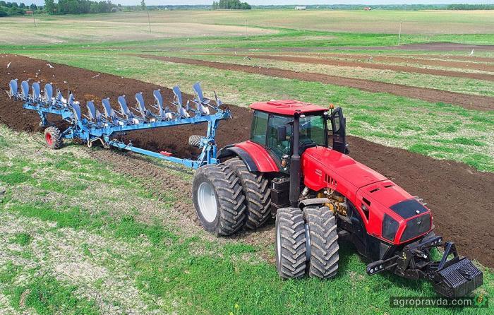 МТЗ продемонстрировал свой самый мощный трактор