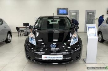 В Киеве открылся один из крупнейших автосалонов по продаже электромобилей с пробегом