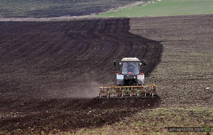 Весенняя посевная обойдется в 127 млрд гривен