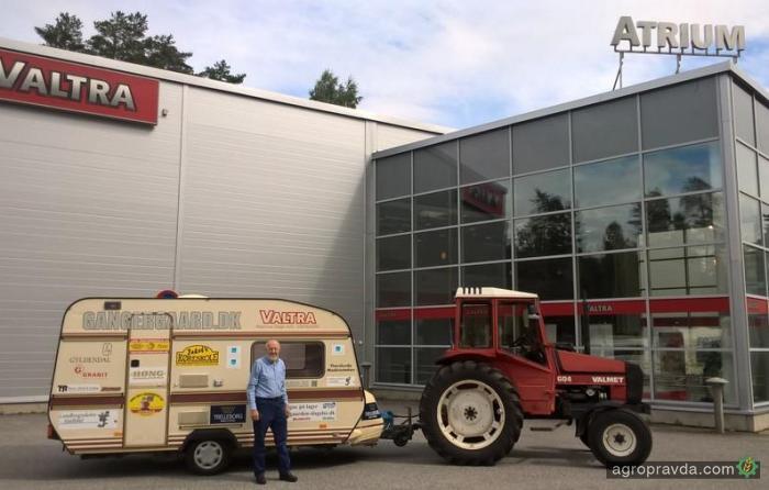 Датчанин доехал на тракторе Valmet 604 до самой северной точки Европы