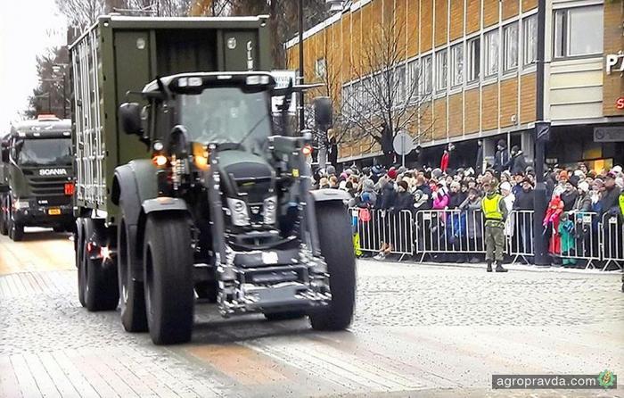 Valtra показала трактор для армии
